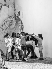 La ronde (Franois aka Tweek) Tags: faro portugal blackandwhite bw streetphotography children playing ronde