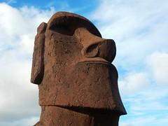 Moai in Rano Raraku - Rapa Nui - Eastern island - Chile (pacoalfonso) Tags: moai statue rano raraku quarry pacoalfonsocom chile rapa nui eastern island pacific travel