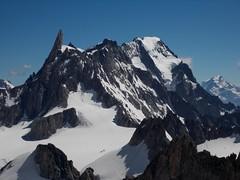 DSCN2370 Monte Bianco - Il Dente del Gigante  (4.014 m s.l.m. ) ripreso da una posizione insolita (Franz Maniago) Tags: dentedelgigante montebianco