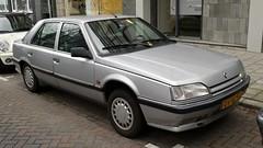 Renault 25 2.2 TX (sjoerd.wijsman) Tags: auto holland cars netherlands car silver grey rotterdam gray nederland thenetherlands voiture renault 25 vehicle holanda hatch autos paysbas olanda hatchback fahrzeug niederlande grijs zuidholland onk zilver carspotting carspot renault25 zilvergrijs sidecode5 12012015 dvxz53