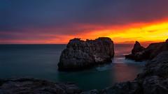 El nuevo da (Carpetovetn) Tags: espaa costa marina mar agua amanecer d200 cantabria castrourdiales cantbrico largaexposicin marcantbrico sigma1020 nikond200