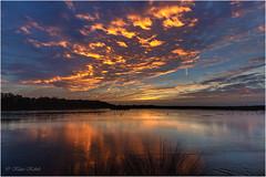 Himmel in Flammen (Klaus Kehrls) Tags: sonnenuntergang natur wolken moore seen landschaft schleswigholstein teiche quickborn himmelmoor