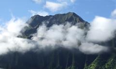 Morning Clouds on the Ko'olau Mountains (colleeninhawaii) Tags: clouds hawaii oahu cliffs honolulu pali koolaumountains