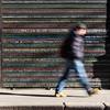 Persone che passano parole che restano foxphoto blog 1 (foxwolf70) Tags: street motion words parole mosso saracinesca portaticinese