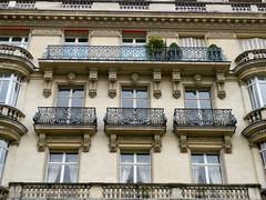 Paris: rue Guynemer (Marie-Hlne Cingal) Tags: paris france balconies capitale iledefrance balcons