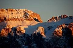 luce, luce fino a sempre! (balenafranca) Tags: tramonto sella dolomiti alpedisiusi massiccio dolomia sellagruppe