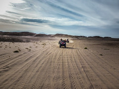 P1010063 (peterminder) Tags: kitesurfing elgouna rotesmeer quadfahren