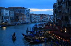 藍暮 Blue Dusk ~ Grand Canals Cape  @ Rialto Market & Ponte di Rialto, Venezia  威尼斯~ (PS兔~兔兔兔~) Tags: city travel cruise venice sea vacation holiday streets art tourism church monument water museum architecture vintage river boats island boot boat canal hall ancient bravo scenery europe mediterranean gallery cityscape tour view squares basilica religion salute sightseeing bridges churches floating courtyard lagoon tourist calm tourists worldheritagesite trips gondola haunting bluehour palazzo oldtown historia boatman cultural sanmarco canale visite vecchio traveler waterbus oldpalace 義大利 gondole veneto 威尼斯 watercity basilicadisantamariadellasalute 運河 riverport orizontal 世界文化遺產 villevenete 水都
