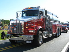 Upper Montgomery Fire District Tanker (Photo Squirrel) Tags: tanker firetruck uppermontgomerycountyfiredistrict kenworth intothesun rotoray parade