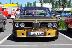 BMW 3.0 CSi E9 (1971) (Transaxle (alias Toprope)) Tags: oldtimertage berlin classic cars classicremise meilenwerk nikon d90 auto autos antique amazing beauty bella beautiful bellamacchina car coches coche classics carros carro classiccars classiccar clasico clasicos carshow design exotic historic iconic klassik kraftwagen kraftfahrzeuge legendary macchina motor macchine motorklassik power powerful unique retro rare soul styling toprope voiture voitures vintage veteran veterans vehicle bmw 30 csi e9 1971 karmann wilhelmhofmeister hofmeister webmw love freude  joy