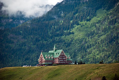 Prince of Wales Hotel (aitramah) Tags: canada nature landscape hotel alberta waterton princeofwales princeofwaleshotel