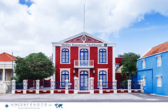 House in the Pietermaai District in the city of Willemstad in Curacao. (Vincent Demers - vincentphoto.com) Tags: abcislands amriquedusud antilles antillesnerlandaises architecture architecturecoloniale building btiment carabes caribbean caribbeanisland colonialarchitecture colorful color colourful curacao curaao destinationdevoyage destinationtouristique dutchcaribbean dutchcaribbeanisland historicpietermaaidistrict home house iledescarabes kingdomofthenetherlands maison multicolore neighborhood netherlandsantilles photodevoyage photographiedevoyage pietermaai pietermaaidistrict quartier quartierpietermaai restaur restored royaumedespaysbas southamerica tourism tourisme travel traveldestination travellocation travelphoto travelphotography trip voyage willemstad