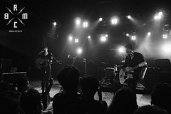 22 (reaoubien) Tags: leica blackandwhite bw monochrome live rocknroll brmc photoworks stagephotography petehayes reaoubien