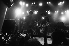 26 (reaoubien) Tags: leica blackandwhite bw monochrome live rocknroll brmc photoworks stagephotography petehayes reaoubien