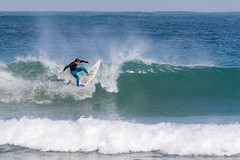 Birds-14.jpg (Hezi Ben-Ari) Tags: sea israel surf haifa backdoor  haifadistrict wavesurfing