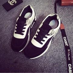 <3 พร้อมส่ง <3 รองเท้าผ้าใบแฟชั่น Ulzzang สไตล์เกาหลี ทรง sport แต่งลายหนังงูเก๋ๆ (หนัง PU) ทรงสวยใส่แล้วเท้าดูเล็กลงค่ะ มี 2 สี ดำ , แดง รหัสสินค้า : SN590253 ราคา : 590 บาท (EMS +60)  (เปิดรับ : ตัวแทนจำหน่าย , ไม่ต้องสต๊อกสินค้าเอง)  --<3-- ตารางไซส์ ส