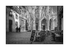 Eglise saint Maclou, Rouen (Normandie) (SiouXie's) Tags: street city bw church architecture landscape blackwhite fuji noiretblanc rouen normandie 1855 paysage rue normandy église ville siouxies fujixe2
