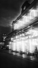 Mercato Metropolitano - Porta Susa - Torino (! / dino olivieri / www.onyrix.com) Tags: torino stazione station mercato bianco nero black white citt city town old lights