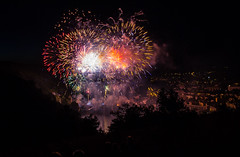 Cahors - 13 Juillet 2016 (-CyRiL-) Tags: france fireworks lot nuit cahors midipyrenees sudouest feudartifices evénement lotdepartment cyrilbkl departementdulot cyrilnovello languedocroussillonmidipyrénées languedocroussillonmidipyrén