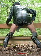 DSCN0504 (myryamdefrance) Tags: leather tv shoes legs prostitute skirt tgirl transgender tranny transvestite tg pute leatherskirt shemale travesti transgenre sexycrossdresser sexytgirl lleatherslut leatherprostitute leatherhooker slutoutdoor