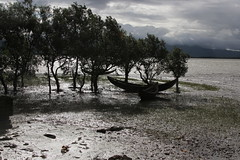 Naaf River (I.M.W.) Tags: morning cloud mountain river dawn boat mud tide border estuary mangrove myanmar bangladesh teknaf naafriver