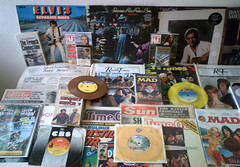 1970 - 1979 : (Retro King) Tags: 1977 retro 1978 collectables vintage elvis records vinyl albums singles magazines comicbooks 1972 newspapers