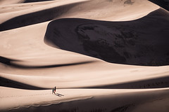 #PicOfTheDay Walking through the vastness of the desert (Candidman) Tags: walking through vastness desert heat walk people dunes sand