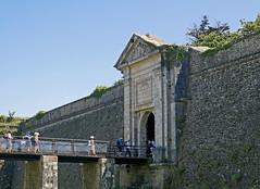 16 1567 - Morbihan, Belle Ile, Le Palais, randonne a la Citadelle (jeanpierreossorio) Tags: morbihan belleile randonne randonneur fortification forteresse citadelle
