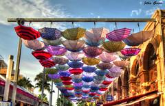 Paraguas (Jotha Garcia) Tags: paraguas umbrella jothagarcia color clores colors nikond3200 regalos gifts souvenirs oropesa comunidadvalenciana julio july verano summer vacaciones holidays