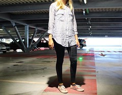(mrjcrr) Tags: girl autoportrait look pimkie vans parking anglet sudouest paysbasque france