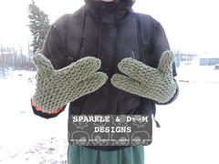 TMNT Mitts 03 (zreekee) Tags: sparkledoomdesigns crochet handmade mitts teenagemutantninjaturtles tmnt gloves