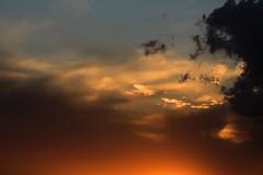 sundown tonight (peet-astn) Tags: sunset sun tramonto sole colour color sky cielo sundown tonight evening dusk
