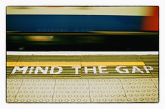 MIND THE GAP - London, England (gastwa) Tags: nikon fm3a carl zeiss carlzeiss distagon 20 35mm zf2 manual focus manualfocus color film analog kodak portra 400 london england tube subway metro underground transportation wide angle wideangle distagont235 distagon352zf t 235 slr andrew gastwirth andrewgastwirth notting hill westbourne west end westend