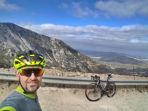 W drodze na Lasithi #bikeride #road #cycling #ciclismo #kolarstwo #outsideisfree #fuelformiles #landscape #mountains #crete #mojegreckiewakacje