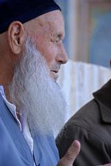 07-10-09 Bujara (337) R01 (Nikobo3) Tags: travel people portraits nikon asia social retratos viajes nikond200 uzbekistn bujara nikobo josgarcacobo nikondx182003556vr