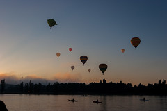 Land, Sea and Sky (DrSchabbs) Tags: sunrise balloons balloon earlymorning australia canberra graceful rhys act davies cbr balloonfestival rhysdavies balloonspectacular drschabbs australiancapitalterritoryaquathon