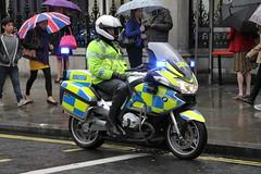 Metropolitan Police Biker (Ian Press Photography) Tags: london bike police bikes motorbike bmw service motor met emergency motorbikes metropolitan services 999