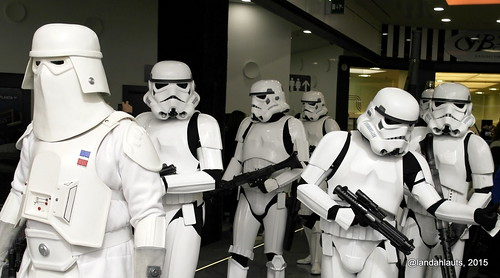Snowtroopers and Imperial Stormtroopers