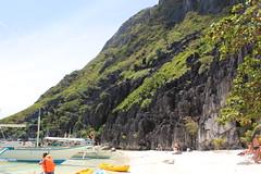 IMG_4852 (foreverfreebird) Tags: ocean sea water island bay boat rocks philippines cliffs snorkeling elnido palawan bacuit bacuitbay