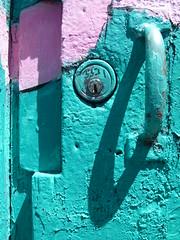 door (Jef Poskanzer) Tags: door t geotagged lock clarionalley flickrphotowalk geo:lon=12242046 geo:lat=3776301