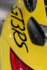 With added Vitamins / 1 (Raph/D) Tags: rouge porsche 911 997 gt3 rs gt3rs renn sport rennsport 911gt3 911gt3rs 38 flat 6 neunelfer german sportscar stuttgart zuffenhausen yellow jaune catchy colors rare paint sample special order phase 2 used car centre velizy retailer auto canon eos 7d mark ii canoneos7dmarkii l series lseries gelb speed vitesse added vitamins 2470mm ef2470mmf28liiusm garage showroom perfect track toy sporty