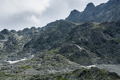 W kolejce na Rysy (czargor) Tags: outdoor inthemountain mountians landscape nature tatry mountaint igerspoland