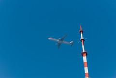 百尺竿头/Upon the Mast (KAMEERU) Tags: guangzhou china tower public plane aviation transportation airbus eastern canton a321 a321200 a321232