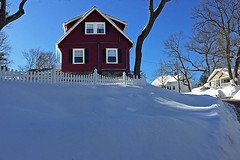 Red House (AntyDiluvian) Tags: winter house snow cold boston massachusetts newengland redhouse melrose