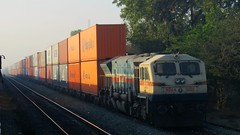 Double Stack Concor. (tandelbaba) Tags: indianrailways irfca wdg4 doublestackfreight