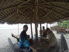 Photo de 14h - Avec Iggy, Pangandaran  (Indonésie) - 05.03.2015