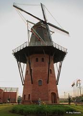 2013 Holambra_0019 (MC Cano Quente) Tags: windmuehle holambrasp architekturstadt