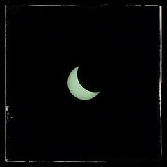 Eclipse (b@rtosz) Tags: sun moon dark eclipse sony poland alpha 135mm a300 jupiter37a snapseed