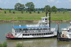 The Island Queen riverboat in Memphis, Tennessee (Hazboy) Tags: hazboy hazboy1 downtown memphis tennessee south midsouth southland us usa america july 2016 riverboat paddleboat mississippi river