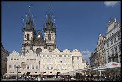 Iglesia de Tyn, Praga (CURZU@) Tags: old city canon eos europa prague iglesia praha praga canoneos oldcity tyn checa republicacheca ciudadvieja 50d iglesiadetyn eos50d canoneos50d pragueoldcity ciudadviejadepraga praheoldcity